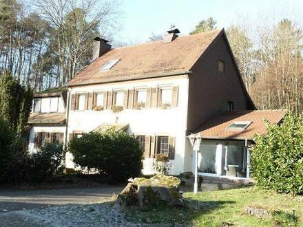 Landstuhl - Stilvolles Anwesen in idyllischer Waldrandlage von Landstuhl