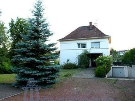 Bexbach - Großzügiges Villenanwesen in Bexbach