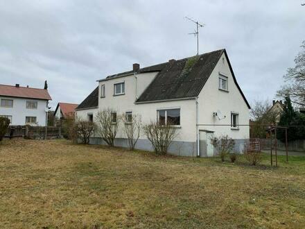 Schwarzenfeld - EFH in bester Lage - optional extra (Bau-)Grundstück