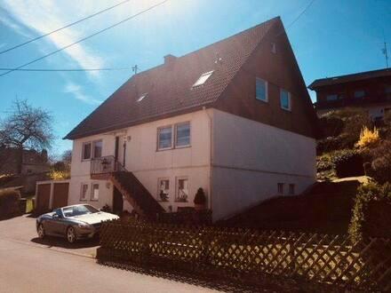 Üdersdorf - Freistehendes Zweifamilienhaus in ruhiger Ortsrandlage