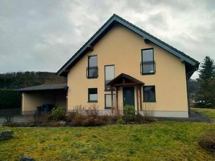 Etzbach - Ein Traumhaus zum Wohlfühlen in Südwestlage - Freistehendes EFH in Etzbach in ruhiger Wohngegend
