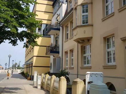 Warnemünde - Ferienwohnung in Strandlage inkl. Garagenstellplatz