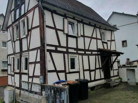 Neu-Anspach - Freistehendes Einfamilien-Fachwerkhaus NEU ANSPACH