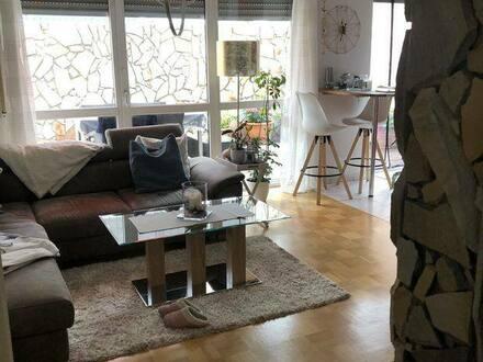 Worms - Stilvolle, geräumige 2,5-Zimmer-Wohnung im spanischen Flair
