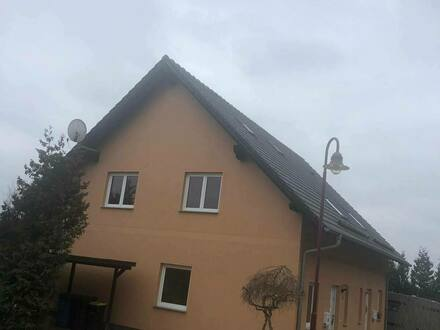 Stadtroda - Doppelhaushälfte im Grünen