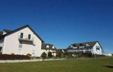 Leukersdorf - Dachgeschosswohnung + Balkon Traumblick ins Erzgebirge - Wohnung