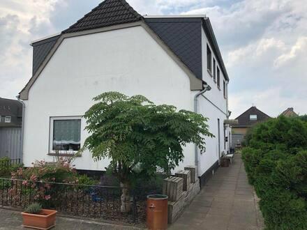 Bremen - Schönes 5-Zimmer-Einfamilienhaus mit Potential in Arbergen, Bremen