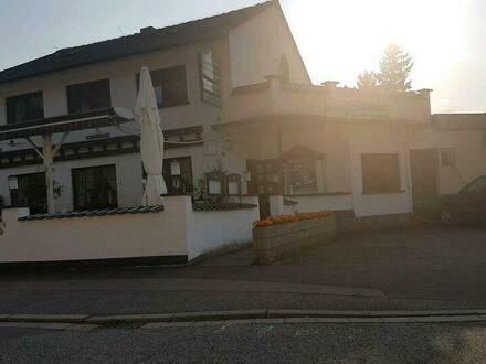 Homburg - Restaurant plus Wohnräume für FamilieMitarbeiter oder umfunktion