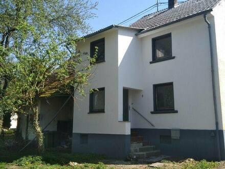 Ötzingen - Handwerkerhaus in Ortsrandlage