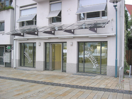 72555 Metzingen - Metzingen-Laden/Büro in attraktiver zentraler Lage-Nähe Rathaus -kurze Wege zu den Outlets