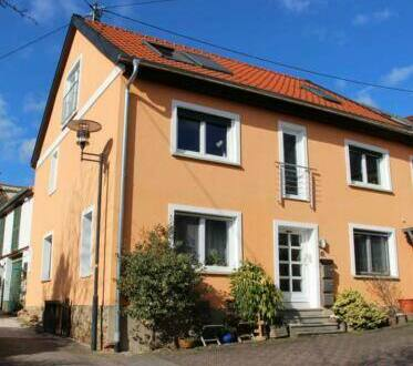 Hergenfeld - Eigenheim oder Renditeobjekt mit bis zu 3 Wohnungen