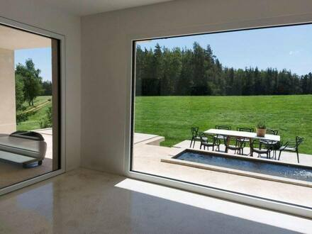 Erbendorf - Architektur und Design ** Exklusives Wohnhaus eingebettet in malerischer Umgebung****