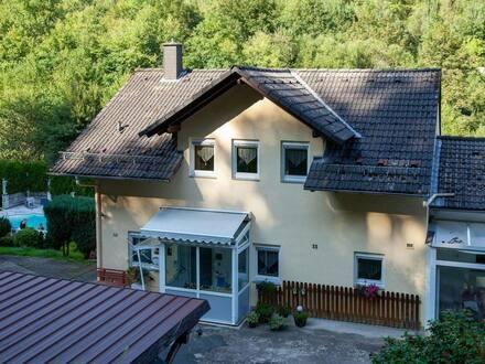 Oberzent - Ansprechendes und TOP gepflegtes 6-Zimmer-Reihenendhaus in Beerfelden, Oberzent
