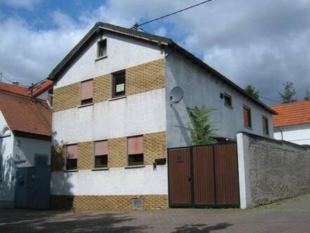 Worms-Horchheim - Großes Einfamilienhaus+Hof und kleines 2.Haus