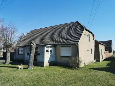 Letschin - Einfamilienhaus mit Scheune in Sietzing