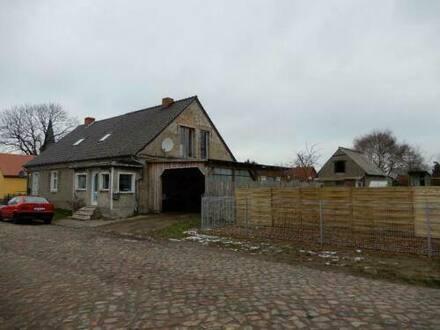 Ducherow - Kleine Doppelhaushälfte in der Nähe von Ducherow