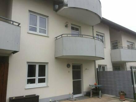 Leipheim - Exklusive, gepflegte 2-Zimmer-Wohnung mit Balkon und Einbauküche
