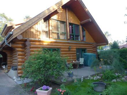 Wandlitz - Schönes, geräumiges, kanadisches Stammhaus mit vier Zimmern in Barnim (Kreis), Wandlitz