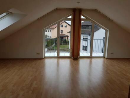 Bretten - Helle Maisonette-Wohnung - 3,5 Zimmer