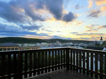 Gera - Dachgeschoss Masionettewohnung mit Ausblick, Balkon & Einbauküche