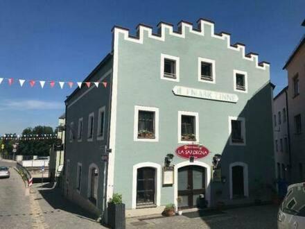 Roding - *** Wohn- und Geschäftshaus in Roding Zentrum ***