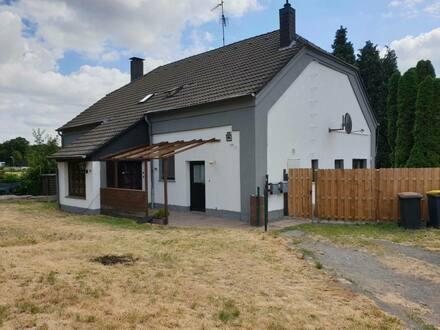 Herten - Mitten in Disteln - Freistehendes Wohnhaus mit Einliegerwohnung in Top Lage