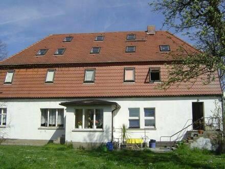 Großderschau - Dreiseitenhof, Mehrgenerationenhaus auf 6000m² mit 4 Ha Ackerland