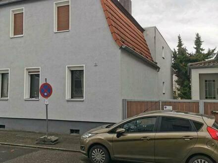 Bürstadt - 2 Familien Haus mit Einliegerwohnung