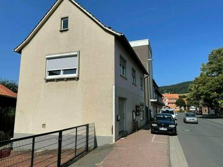 Delligsen - Schönes Zweifamilienhaus in Delligsen, vermietet