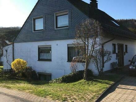 Lindlar - Freistehendes Einfamilienhaus mit Wintergarten
