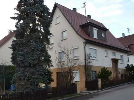 Nürtingen - Ein- bis Zweifamilienhaus mit Garten und Ausbau-Potenzial