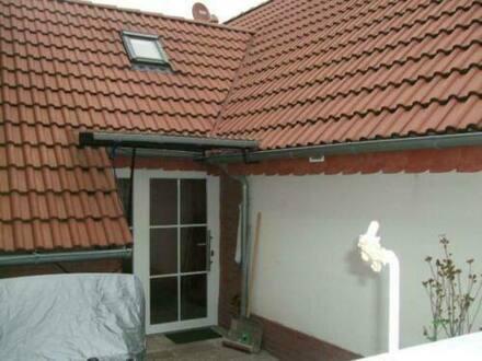 Mainhausen - Schönes kleines Haus mit vier Zimmern in Mainhausen mit mini-Hof