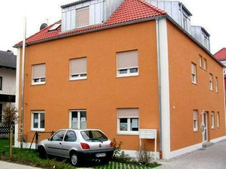 Ingolstadt - Exklusive, neuwertige 2-Zimmer-Wohnung im 6-Parteien-Haus mit Balkon nähe AUDI, PROVISIONSFREI!
