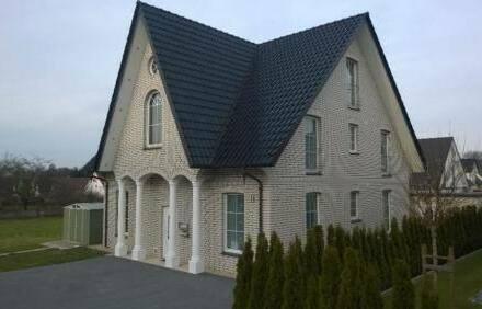 Detmold - Neubau in DT. LÜX.Vila 6 Fam Haus.ca 300qm. Sackgasse.770.000?.VB