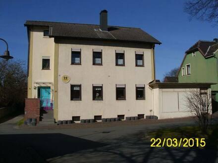 Ilsede - Modernisiertes 11-Zimmer-Spezialgebäude in Ilsede, Ilsede
