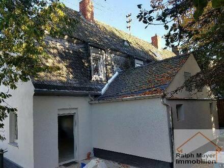 Birkenfeld - NEU ... Schlüsselfertig saniertes, gemütliches Ein- oder Zweifamilienhaus (REH) mit tollem Garten und 2 Garagen…
