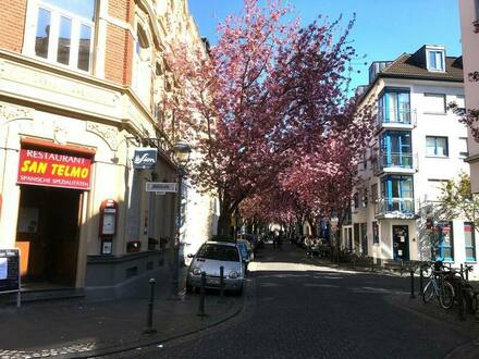 Bonn - Gepflegte 3-Zimmer EG-Wohnung mit Terrasse im Altstadt Bonn