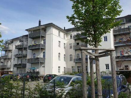 Plauen (Stadtmitte) - Großzügige 3-Zimmer-Wohnung mit Balkon, Blick über Plauen - sehr ruhige Lage