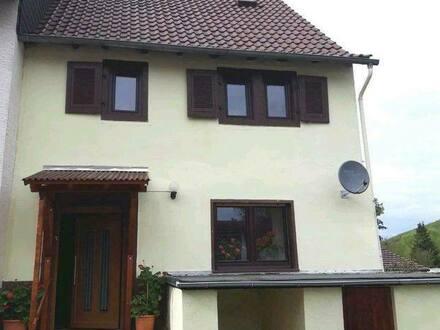 Bayerfeld-Steckweiler - Ein attraktives und gemütliches 6-Zimmer-Reihenendhaus in Bayerfeld-Steckweiler