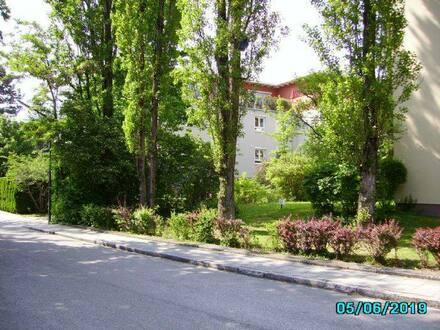 München (Pasing-Obermenzing) - Kleine Wohnanlage mit Tiefgarage, zentral und trotzdem ruhig in einer Anliegerstraße gelegen