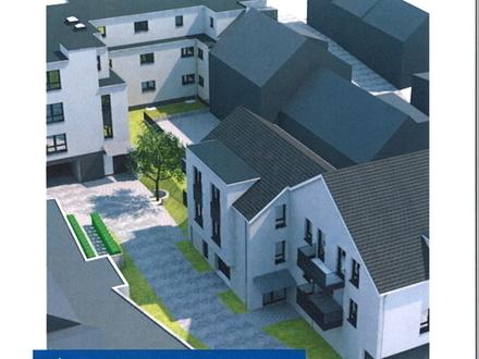 Losheim am See - Traumhaft Wohnen in Bester Lage in Losheim am See - EG-Wohnung 3 ZKB -109m² - Balkon - Aufzug !!