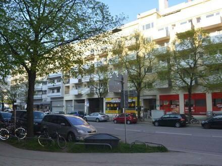 München - Helle, geräumige und gepflegte 2-Zimmer-Wohnung mit Balkon im Herzen Münchens