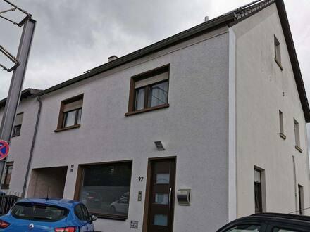 Riegelsberg - Ansprechendes und modernisiertes 5-Zimmer-Einfamilienhaus in Riegelsberg