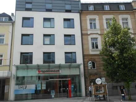 Hof - 162 m² - Ihr Großraum-Büro am Puls der Stadt - Provisionsfrei!