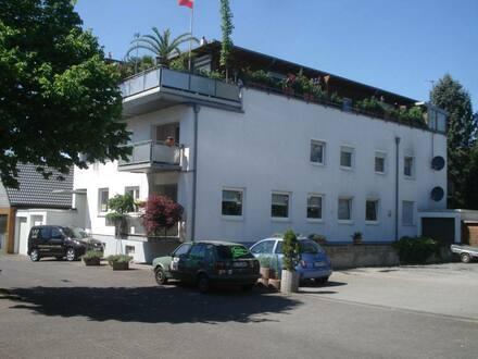 Bergisch Gladbach - Schöne, helle und geräumige 2 Zimmer Wohnung mit Balkon in Heidkamp in ruhiger Lage