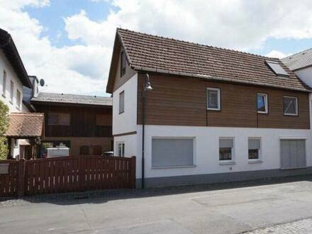 Büdingen - Große Eigentumswohnung mit 2 Anlieger Wohnungen Büdingen Ortsteil