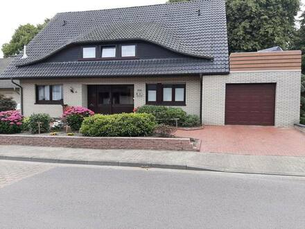 Essen (Oldenburg) - Sehr schöne,voll renovierte Zweifamilienhaus zu verkaufen