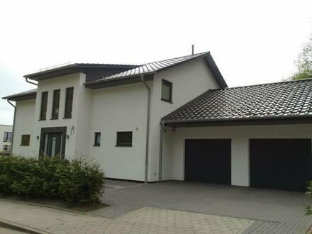 Harburg - Architekten Stadtvilla Stadthaus im schönen Göhlbachtal