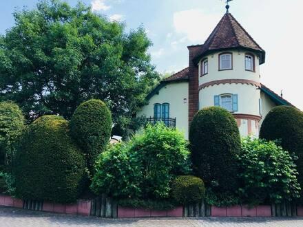Seligenstadt - Traumhaftes Anwesen mit Pool in Seligenstadt provisionsfrei direkt vom Eigentümer zu verkaufen!