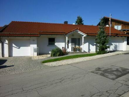 Haselbach - Einfamilienhaus mit Pool in Haselbach